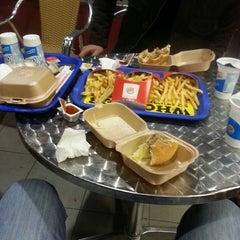 Photo taken at Burger King by BARBAROS K. on 3/1/2013