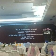 Photo taken at Hotel Putra KL by tammy on 6/15/2015