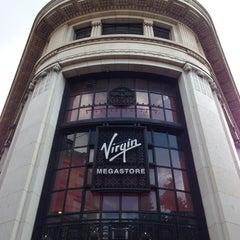 Photo taken at Virgin Megastore by Carlos Edmur L. on 8/19/2013