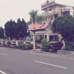 Photo taken at HOTEL MANGKUTO PAYAKUMBUH by Indri N. on 10/27/2012