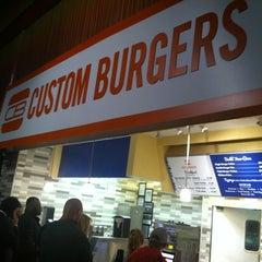 Photo taken at Custom Burgers by Pat La Frieda by Brian K. on 11/6/2012