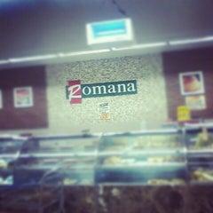 Foto tirada no(a) Cometa Supermercados por Andy S. em 10/10/2012