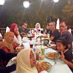 Photo taken at Yogurt Cisangkuy Bandung by Adek O. on 9/12/2015