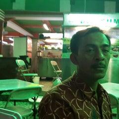 Photo taken at Amaliun Food Court by Buyung P. on 4/15/2015