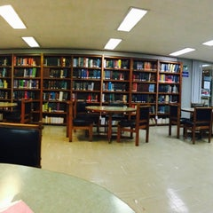 Photo taken at Biblioteca De Posgrado Enzo Levi by Rocio M. on 5/21/2015