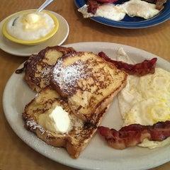 Photo taken at Pop's Diner Co. by Linda N. on 2/2/2014