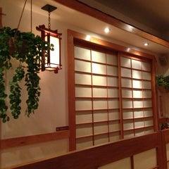 Photo taken at Akasaka Sushi by Humphrey C. on 1/26/2013