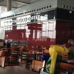 Photo taken at Starbucks Coffee by Charina C. on 11/26/2012