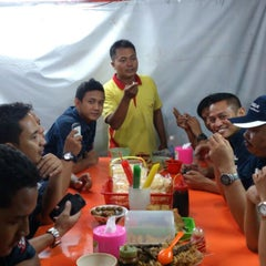 Photo taken at Soto Neon, Brumbungan,Semarang by Arief F. on 5/18/2013