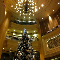Photo taken at JW Marriott by Yeh 😍⚽🏀🍻🍔🍱🍣😍 on 12/15/2012