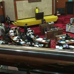 Photo taken at Dewan Undangan Negeri Selangor by Kime. on 11/11/2015