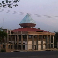 Photo taken at Masjid Agung Kalianda by Ahmad U. on 9/25/2012