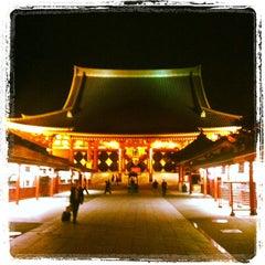 Photo taken at 浅草寺 (Sensō-ji Temple) by Kazuyuki T. on 4/23/2013