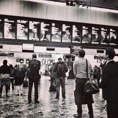 Photo taken at London Euston Railway Station (EUS) by Louie C. on 6/19/2013
