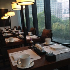 Photo taken at Jing'An by Rice R. on 9/18/2012