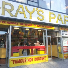 Photo taken at Gray's Papaya by Kino on 5/3/2013
