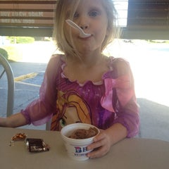 Photo taken at Braum's Ice Cream & Dairy Store by Kate M. on 11/6/2013