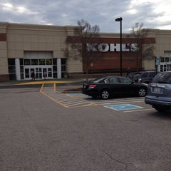 Photo taken at Kohl's by Chuck N. on 12/30/2013