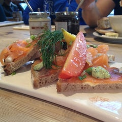 Photo taken at Le Pain Quotidien by Olav E. on 10/7/2012
