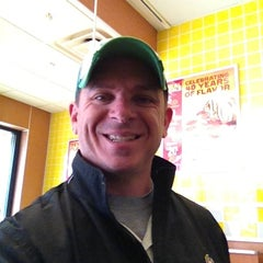 Photo taken at Hungry Howie's Pizza by Howies M. on 2/18/2013
