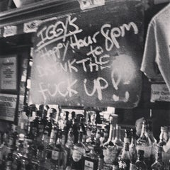 Photo taken at Iggy's Keltic Lounge by Peter K. on 6/21/2013