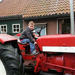 Photo taken at Kinderboerderij Molenwei by Sylvia on 11/2/2013