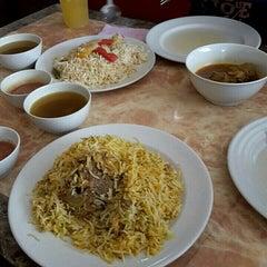 Photo taken at Restoran Qasar Hadramawt by Gie A. on 1/30/2016