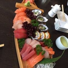 Photo taken at Sushi Samurai by Tul L. on 6/12/2015
