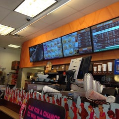 Photo taken at Dunkin' Donuts by Damian C. on 7/6/2014