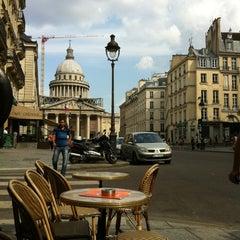 Photo taken at Café le Soufflot by Pilar DM e. on 7/18/2013