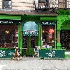 Photo taken at Caffe Reggio by Esra Y. on 3/24/2013