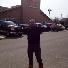 Photo taken at Golden Corral by Edwin C. on 3/30/2013