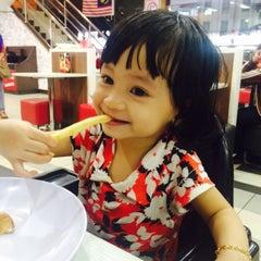 Photo taken at KFC by Nurul Y. on 10/8/2015