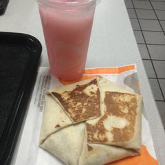 Photo taken at Taco Bell by Lorii on 3/9/2013