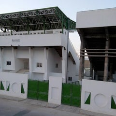 Photo taken at Stade Slaheddine Bey (CSHL) by Saksow on 8/6/2013