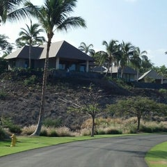 Photo taken at Mauna Kea Beach Resort by Annie M. on 4/18/2013