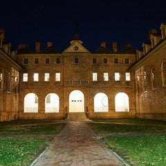 Photo taken at Wren Building and Courtyard by Colonial Ghosts on 4/6/2015