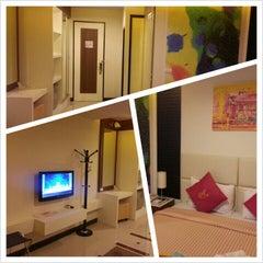 Photo taken at โรงแรมไอยรา แกรนด์ พาเลซ (Ayara Grand Palace Hotel) by Kritsada B. on 4/10/2013