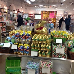 Photo taken at Lindt Factory Outlet by Marcos L. on 3/28/2014