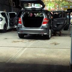Photo taken at Bali Wisata Automatic Car Wash by Putri D. on 3/15/2015