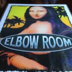Photo taken at Elbow Room by Junior M. on 4/14/2013