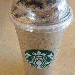 Photo taken at Starbucks by Meee M. on 6/1/2014