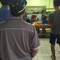 Photo taken at Restoran Zaman by Ellyas H. on 8/14/2015