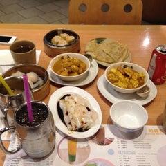 Photo taken at Sunway Restaurant by Jimbo G. on 10/31/2012
