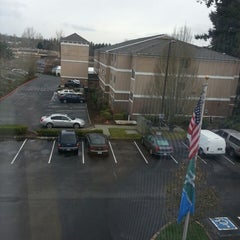 Photo taken at Holiday Inn Express Bothell by Khozeima F. on 3/21/2013