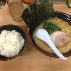 Photo taken at ラーメン 恵比寿家 by withgod n. on 6/28/2013