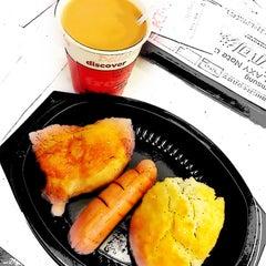 Photo taken at KFC 肯德基 by Kitty C. on 11/16/2012