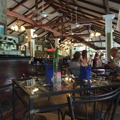 Photo taken at Plantation Hotel - Kitulgala by A Shimizu on 8/25/2015