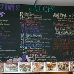 Photo taken at Liv Deli & Smoothie by Jenise P. on 8/7/2014