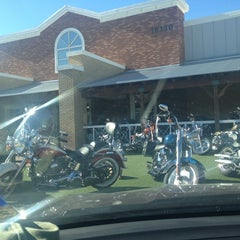 Photo taken at Arrowhead Harley-Davidson by Ulises on 1/2/2014